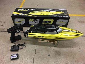 Professional Boat Vector SR65 for Sale in Miami, FL