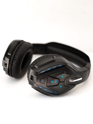 Detachable wired over ear gaming headset for Sale in North Bay Village, FL