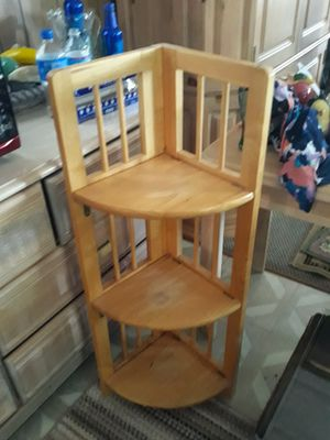 Small corner shelf great condition for Sale in Englewood, FL