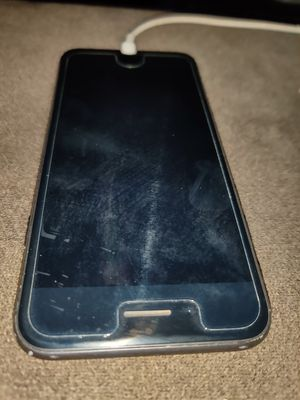 iPhone 8 space grey unlocked for Sale in Los Angeles, CA