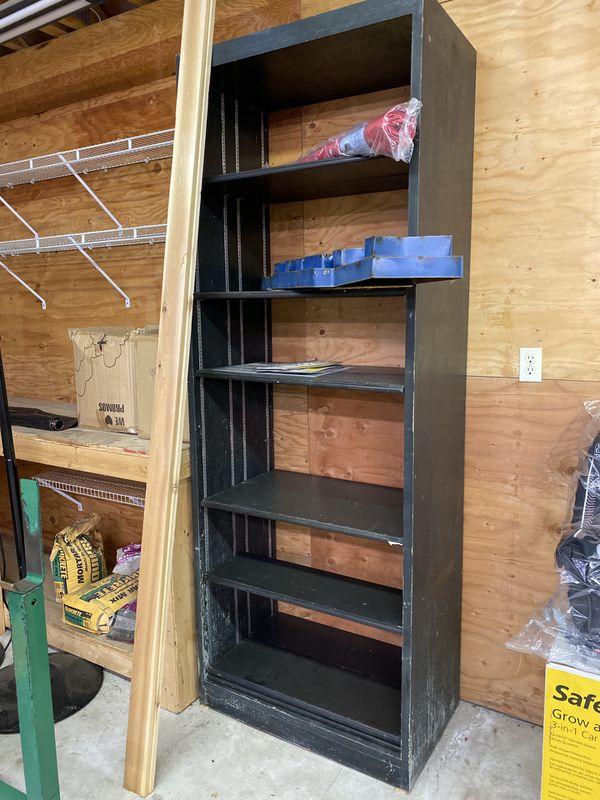 Free Wooden shelf