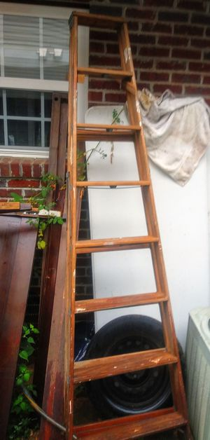 10ft wooden ladder good condition for Sale in Cartersville, GA