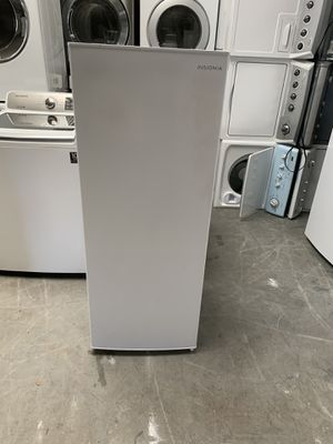Small freezer everything is good working condition 60 days warranty for Sale in San Leandro, CA