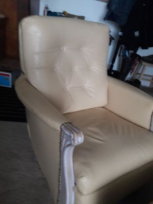 Rocking chair with matching ottoman for Sale in Kensington, MD