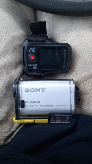 Sony splashproof exmor R 13.5 for Sale in Portland, OR
