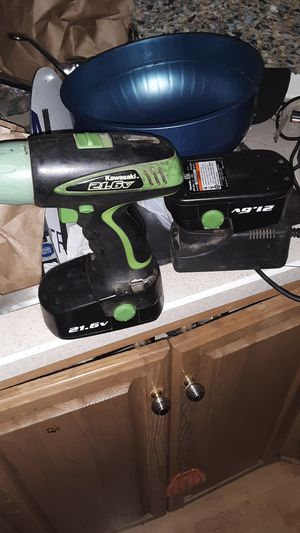 Kawasaki 21.6volt cordless drill for Sale in Prineville, OR