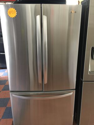LG refrigerator for Sale in Huntington Beach, CA