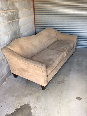 Lazy Boy Couch for Sale in San Angelo, TX