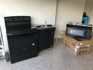 New kitchen appliances for Sale in Kissimmee, FL