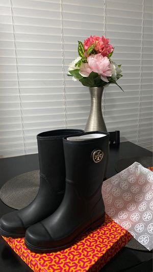 Tory Burch rain boots for Sale in Chino Hills, CA