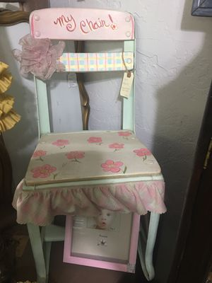 Kid Vintage Chair for Sale in Fresno, CA