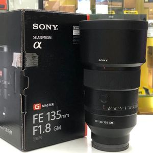 Sony 135mm 1.8 for Sale in Los Angeles, CA