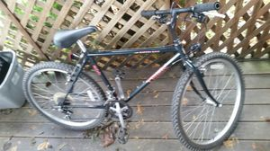 "Trek 800 mountain adult bike 26"" wheels 19"" frame 18 speed for Sale in Stone Park, IL"