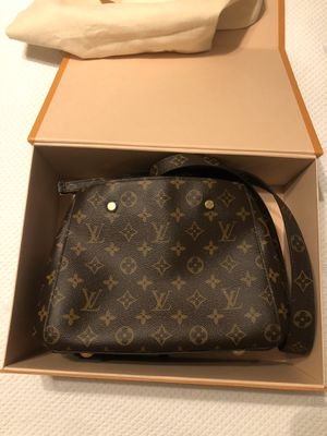 Louis Vuitton montaigne bb mmg for Sale in Plantation, FL
