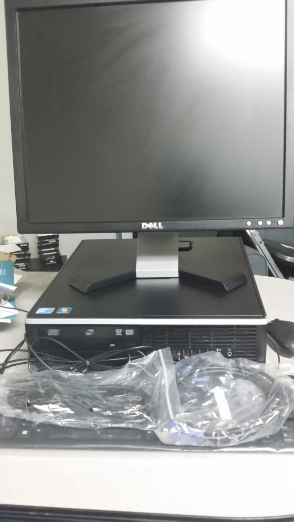 Hp intel core 2 Duo 4 GB RAM 250 GB HDD Windows 7 PRO; Keyboard; mouse ;Monitor included.(Available 200 desktop )