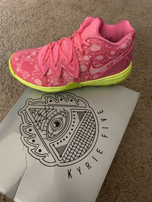 Kyrie 5 Patrick Size 3Y for Sale in Los Angeles, CA