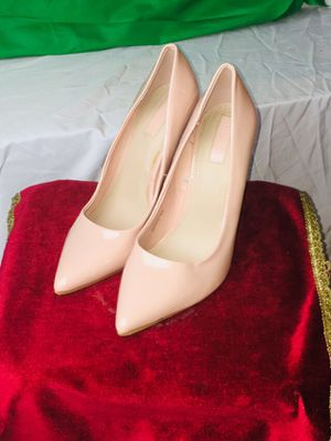 Pastel pink forever 21 dress shoes size 9 for Sale in Brooklyn, OH