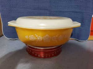Pyrex, Vintage, Casserole Ovenware for Sale in Raleigh, NC