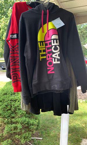 North face for Sale in Fraser, MI