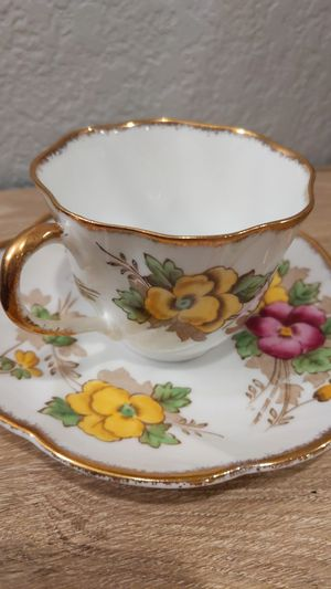 Pansy Salisbury Fine Bone China #1878 for Sale in Normandy Park, WA