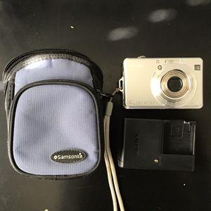 $20 Sony Cybershot dsc-w 8.1 mp digital camera with 3x optical zoom for Sale in Palmdale, CA