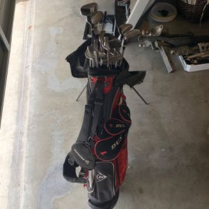 Dunlop Golf Clubs With Bag for Sale in Visalia, CA