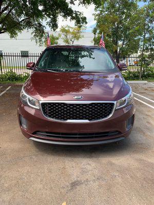 KIA SEDONA 2017 for Sale in Miami, FL