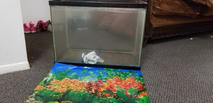 Fish tank 20-30gallon for Sale in Warren, MI