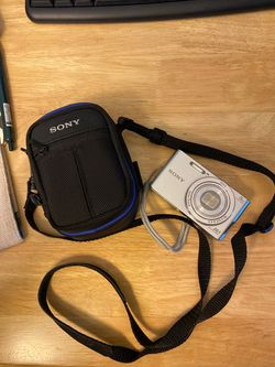 Sony Cyber-shot DSC-W830 camera 20.1 MP for Sale in Tigard,  OR