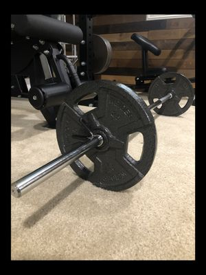 """Brand new in box straight bar Standard 50lb weight plate set with 60"""" barbell (not negotiable) for Sale in Chula Vista, CA"""