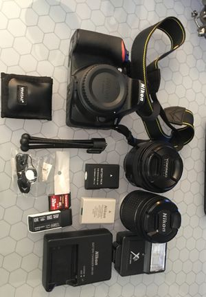 Nikon D3500 DSLR amazing condition+2 lenses+2 batteries+accessories+tripod for Sale in Marlboro Township, NJ