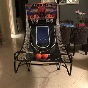 SunnyDaze Decor 2-Player Indoor Basketball( MISSING ONE SCORE KEEPER ON HOOP!!!) for Sale in Hollywood, FL