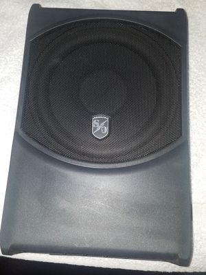 """Nice Compact Powered 8"""" Subwoofer 250 Watts Total! for Sale in Sacramento, CA"""
