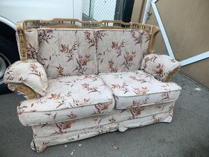 Free sofa for Sale in San Jose, CA