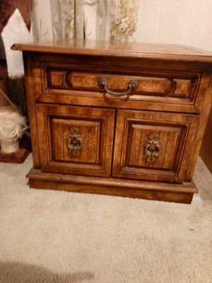 End tables 35.00each or 50. 00 for the pair for Sale in Prattville, AL