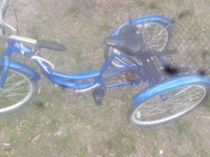 Schwinn bike for Sale in Auburndale, FL