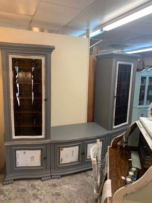 Freshly painted entertainment center for Sale in Largo, FL