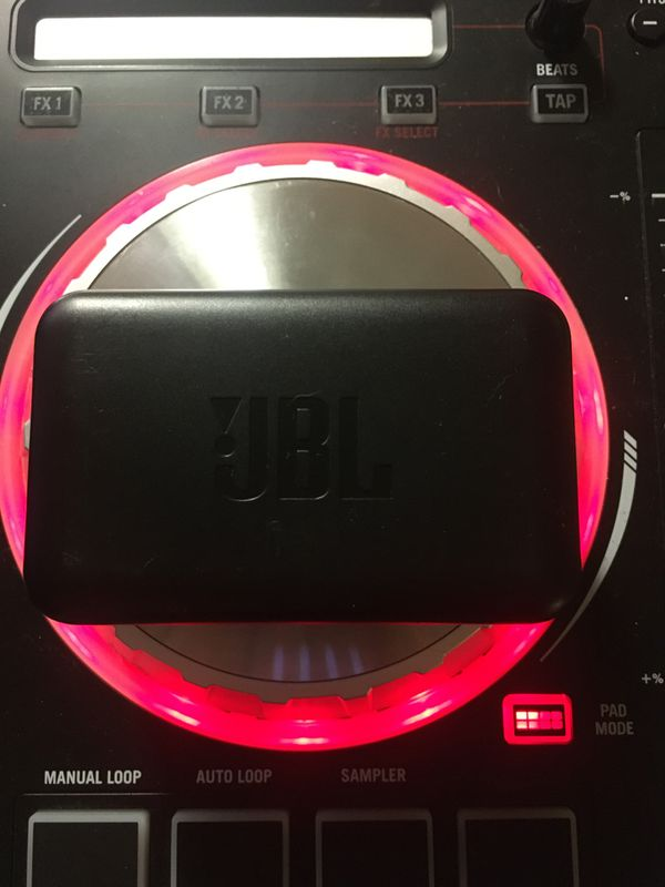 JBL peak wireless
