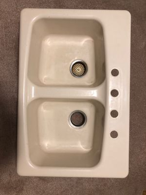 "DOUBLE KITCHEN SINK ""KOHLER"" IN BISCUIT for Sale in Rockville, MD"