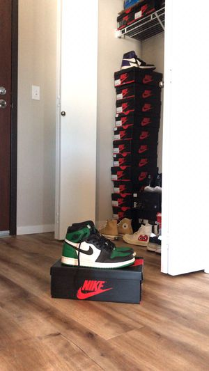 Air Jordan 1 pine green size 10 for Sale in Seattle, WA
