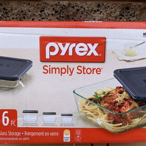 New Pyrex simply store 6pc rectangle glass storage SUMMERLIN for Sale in Las Vegas, NV