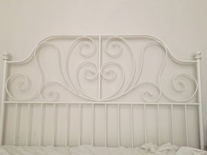 Queen Size Bed Frame for Sale in St. Petersburg, FL