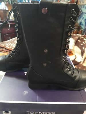 Brand new women leather boots for Sale in MONTGOMRY VLG, MD