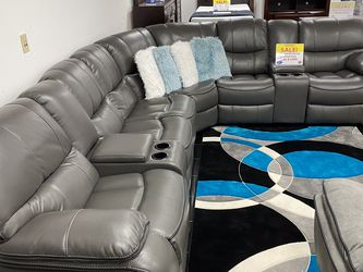 SALE!!! Madrid Gray Or Brown Reclining Sectional Sofa. No Credit Needed Financing. Only $50 DOWN. Easy Approval 💰 for Sale in Tampa,  FL