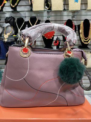 Beautiful Medium Sized Bag for Sale in Lanham, MD