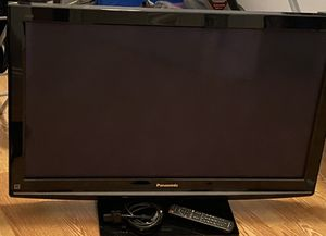 Panasonic Viera tv for Sale in Malden, MA