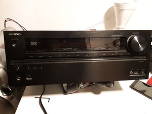 Onkyo THX select plus theater system with built in amp. for Sale in Vernon, CA