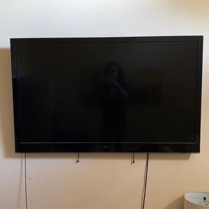 LG TV | 60 Inch 1080p for Sale in Irving, TX