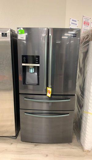 Brand new Samsung RF25HMEDBSG refrigerator D7AN for Sale in Torrance, CA