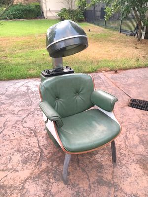 Vintage First Lady hair salon drying chair working for Sale in Spring, TX